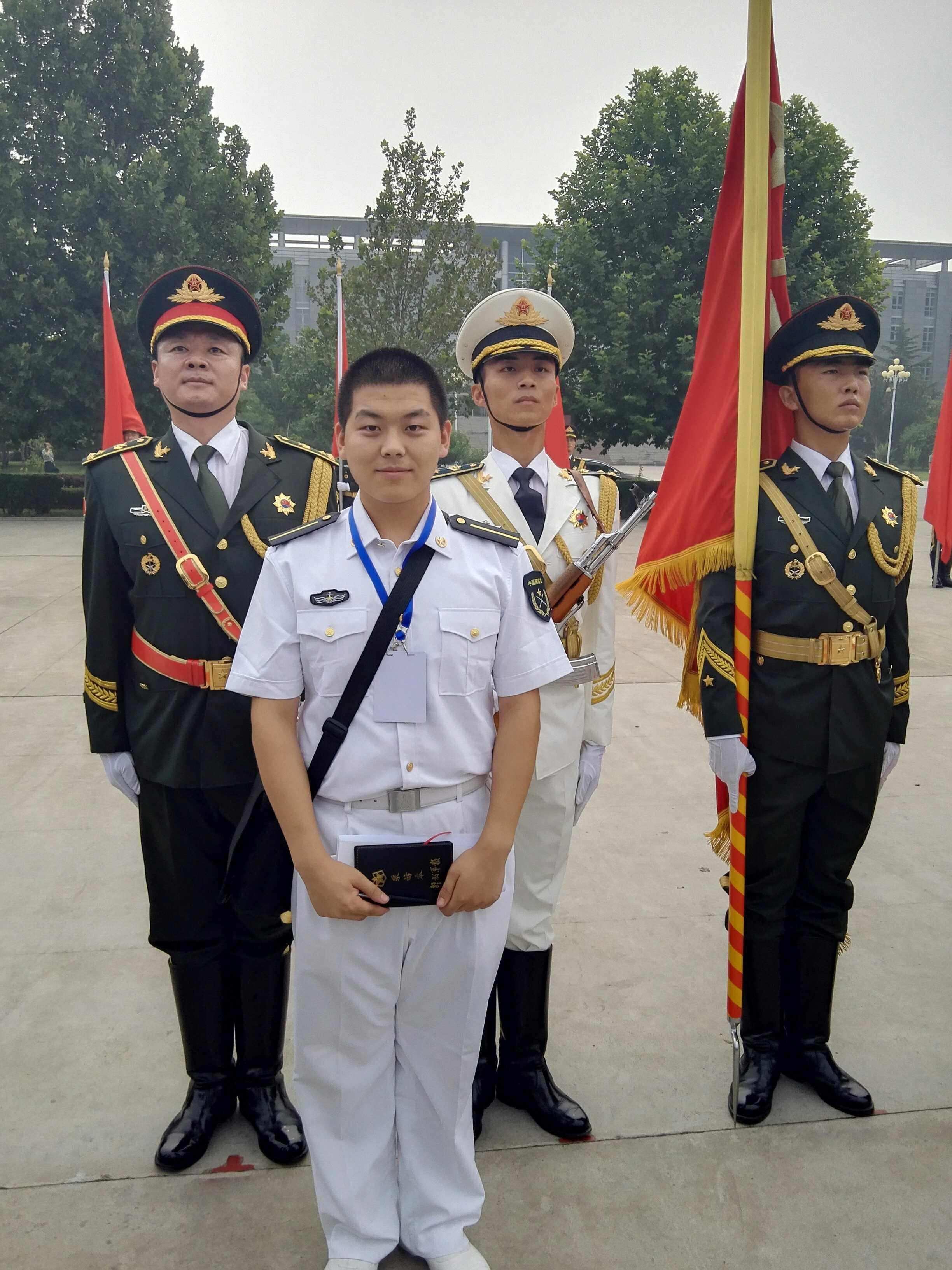 名校国防生的转身:为提升军人学历学位而奋斗