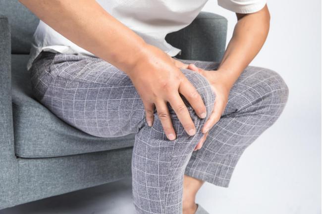 膝关节痛别一忍了之,补充氨糖试试看!
