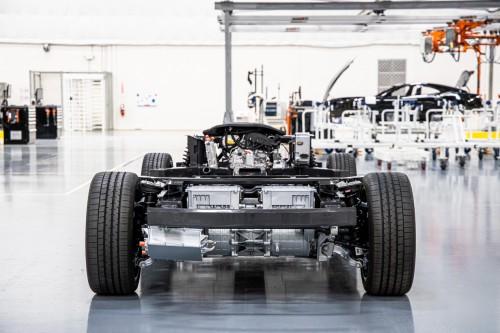 Karma汽车推出电动出行革命性解决方案——E-FLEX平台