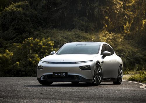小鹏汽车靠谱吗?高品质小鹏P7引领新能源汽车风潮