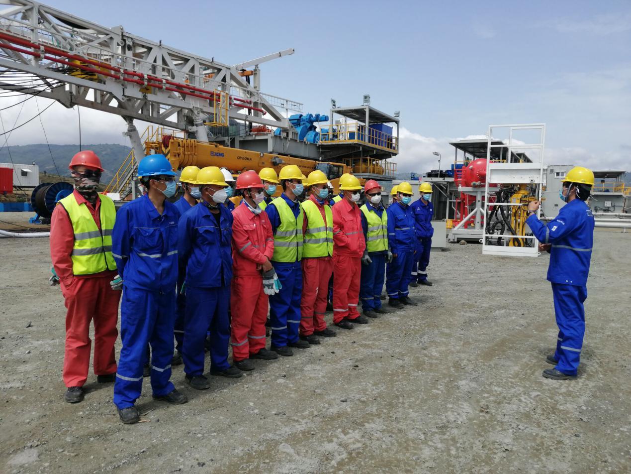 科瑞石油1500HP地热钻机在埃塞俄比亚顺利起升